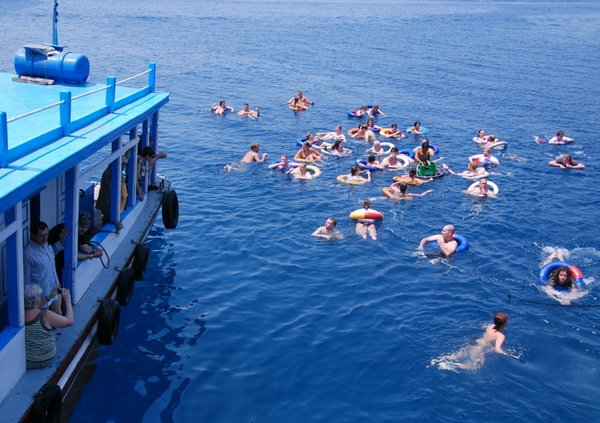Nha Trang Island and Snorkeling Tours